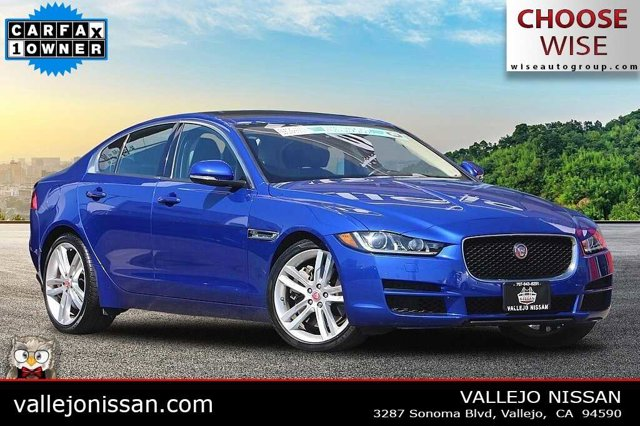 2017 Jaguar XE 35t Premium 35t Premium RWD Intercooled Supercharger Premium Unleaded V-6 3.0 L/183 [0]