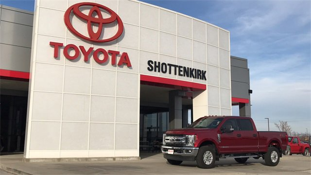 Used 2018 Ford Super Duty F-350 SRW in Quincy, IL
