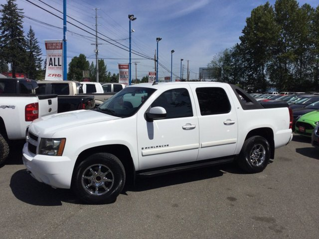 Used 2008 Chevrolet Avalanche 4WD Crew Cab 130 LT w-1LT