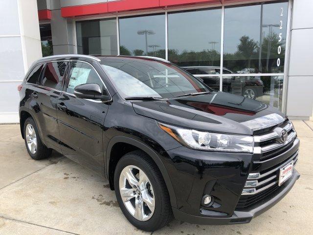New 2019 Toyota Highlander in Lexington Park, MD