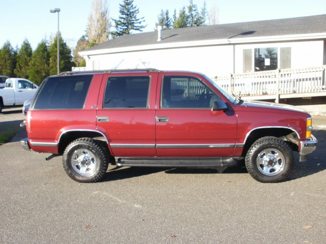 Used 1999 Chevrolet Tahoe in Lynden, WA