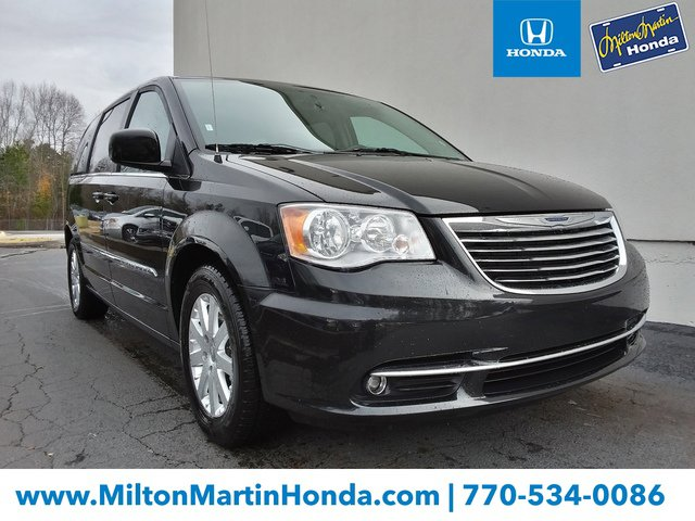 Used 2016 Chrysler Town & Country in Gainesville, GA