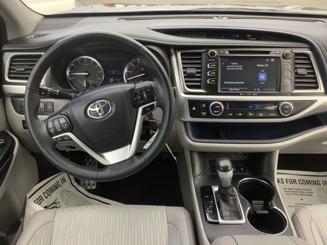 2016 Toyota Highlander AWD 4dr V6 LE Plus