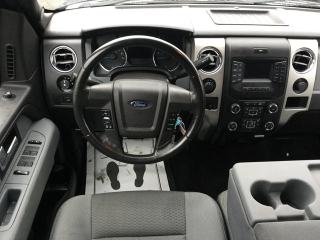 Used 2013 Ford F-150 4WD SuperCrew 157 XLT w-HD Payload Pkg