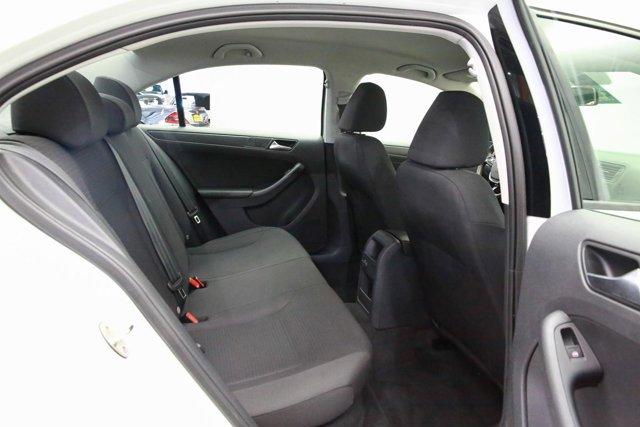 2016 Volkswagen Jetta for sale 120936 26
