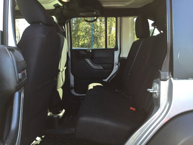 Used 2014 Jeep Wrangler Unlimited 4WD 4dr Sport