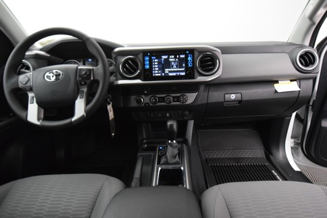 New 2019 Toyota Tacoma SR5 Access Cab 6' Bed V6 AT