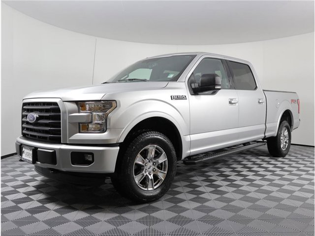 2016 Ford F-150 XLT Pickup 4D 6 1/2 ft