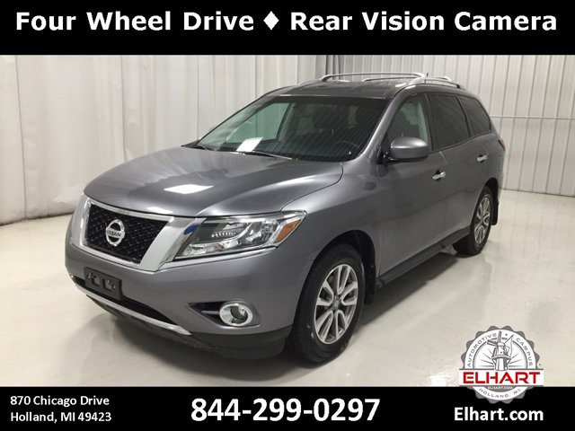 Used 2016 Nissan Pathfinder in Holland, MI