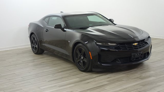 Used 2019 Chevrolet Camaro in St. Louis, MO