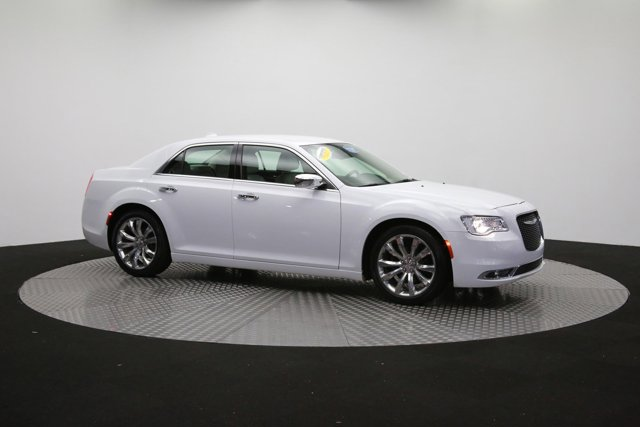 2019 Chrysler 300 for sale 122416 42