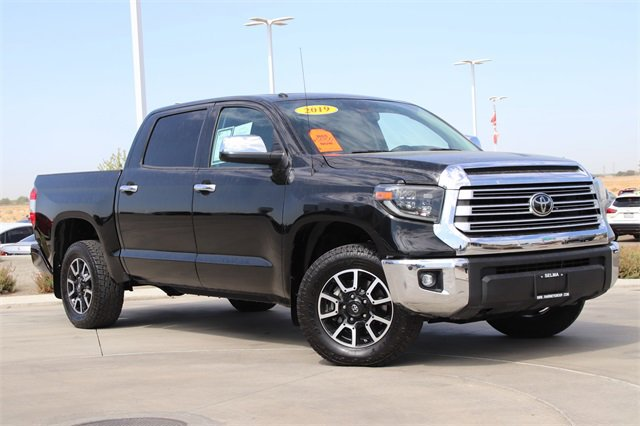 2019 Toyota Tundra 4WD Limited Limited CrewMax 5.5' Bed 5.7L Regular Unleaded V-8 5.7 L/346 [0]