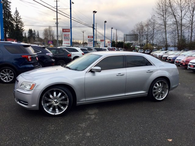 Used 2012 Chrysler 300 4dr Sdn V6 RWD