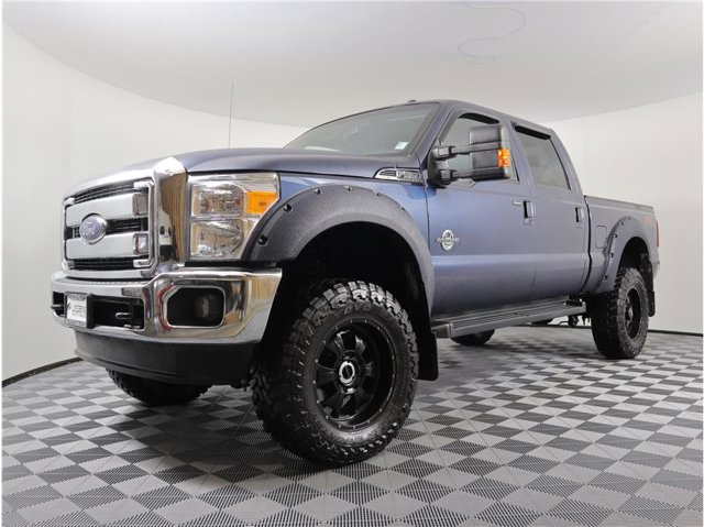 2016 Ford Super Duty F-350 SRW Lariat Pickup 4D 6 3/4 ft