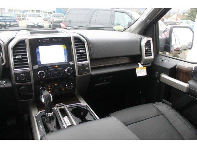 New 2017 Ford F-150 Lariat 4WD 5.5 Box