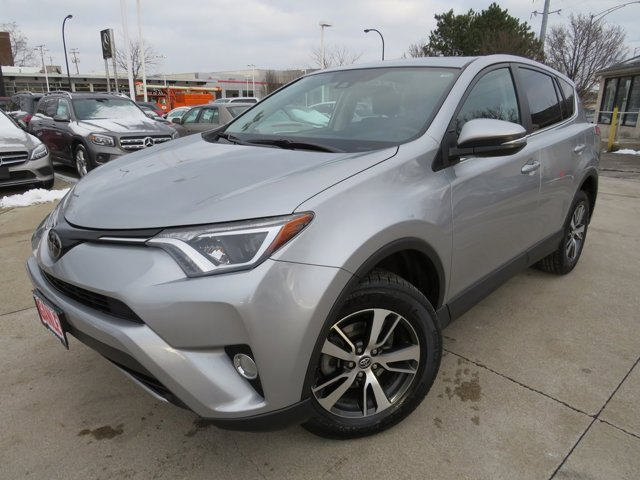 Used 2018 Toyota RAV4 in Akron, OH