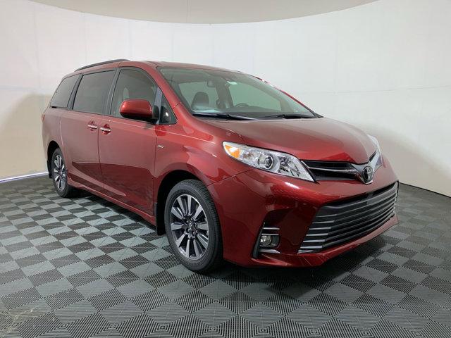 New 2020 Toyota Sienna in Memphis, TN