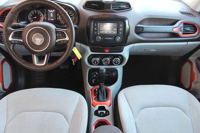 2015 Jeep Renegade Latitude 13
