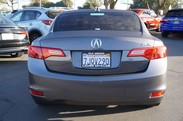 Used 2015 Acura ILX 4dr Sdn 2.0L Tech Pkg