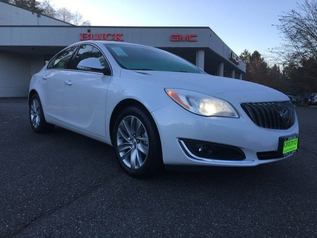 New 2017 Buick Regal 4dr Sdn Premium II AWD