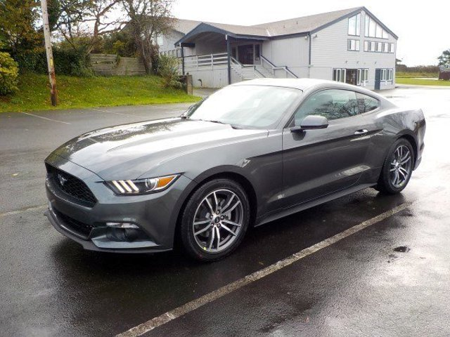 New 2017 Ford Mustang 2D