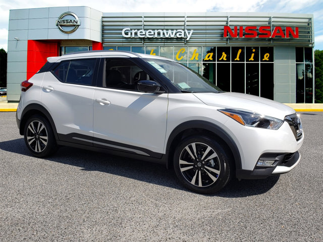 New 2019 Nissan Kicks in Brunswick, GA
