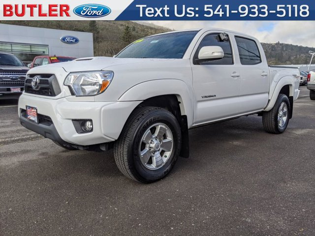 Used 2015 Toyota Tacoma in Medford, OR