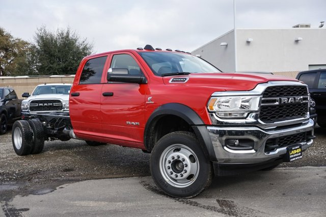 New 2019 Ram 5500 Chassis Cab Tradesman 4x4 Crew Cab 84 CA 197.4 WB