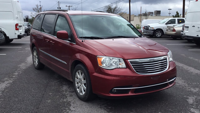 Used 2016 Chrysler Town & Country in , AL