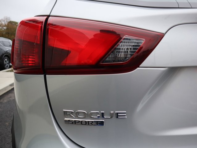 The 2018 Nissan Rogue Sport S