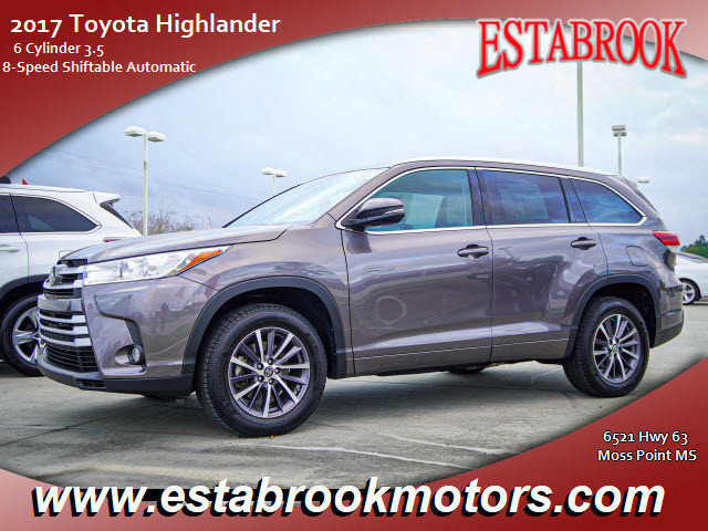Used 2017 Toyota Highlander in Moss Point, MS