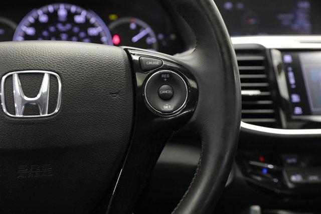 2017 Honda Accord for sale 124985 14