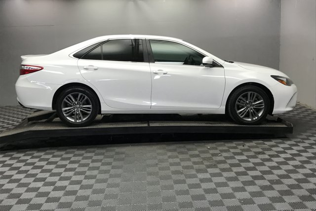 Used 2015 Toyota Camry SE