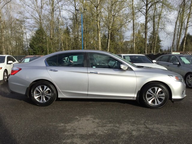 Used 2013 Honda Accord Sdn 4dr I4 CVT LX