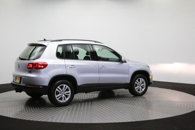 2017 Volkswagen Tiguan for sale 122838 35