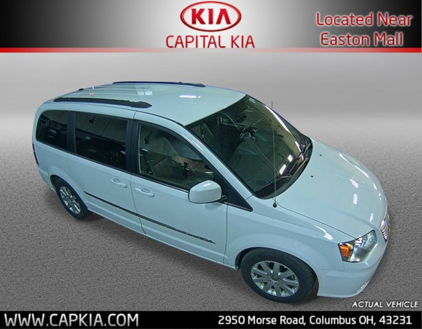 Used 2014 Chrysler Town & Country in Columbus, OH