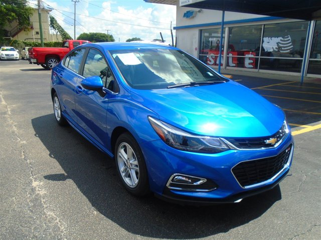 New 2017 Chevrolet Cruze in Quincy, FL