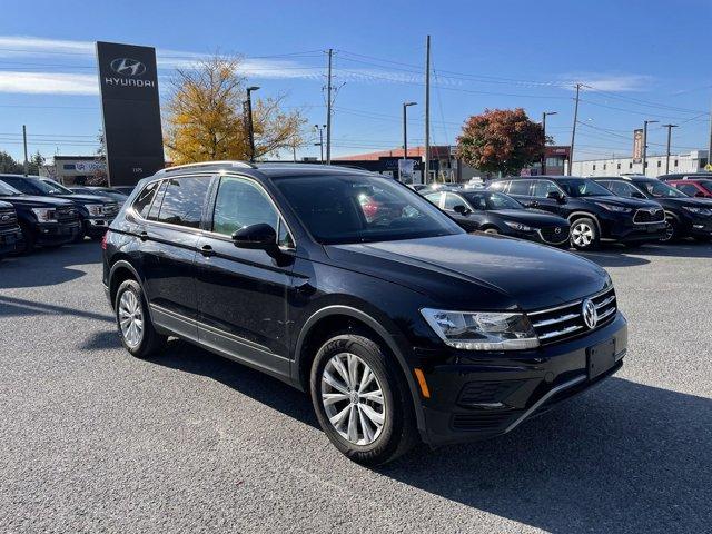 2020 Volkswagen Tiguan Trendline Trendline 4MOTION Intercooled Turbo Regular Unleaded I-4 2.0 L/121 [4]