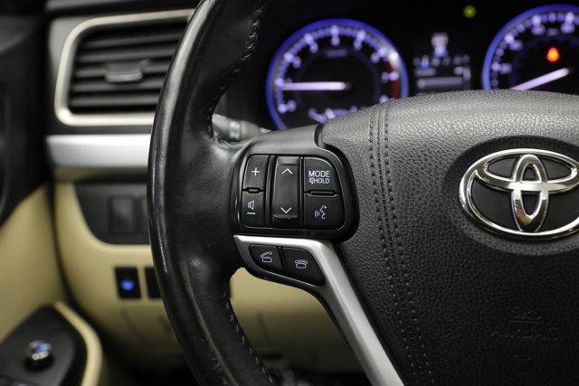 2016 Toyota Highlander for sale 124041 14