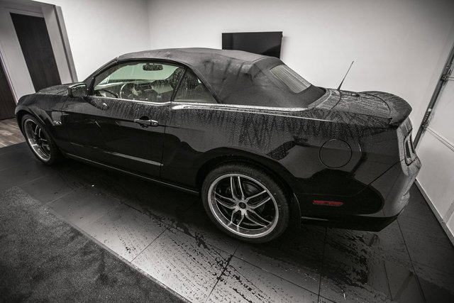 Used 2013 Ford Mustang 2dr Conv GT
