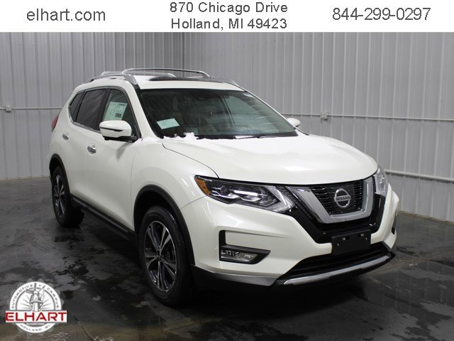 New 2017 Nissan Rogue in Holland, MI