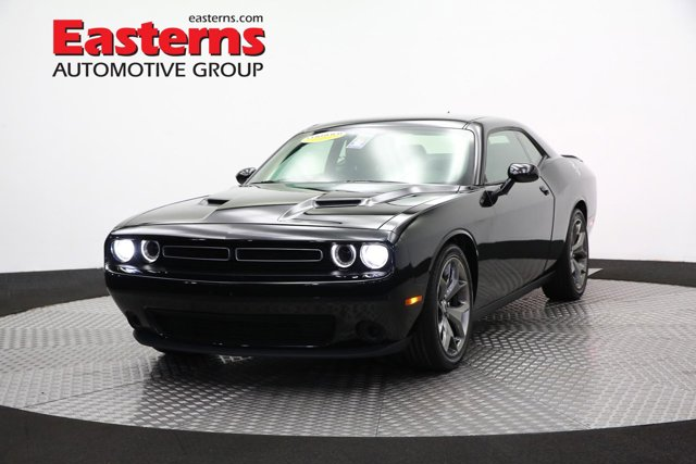 2017 Dodge Challenger SXT Super Track 2dr Car
