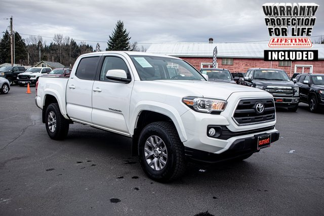 Used 2016 Toyota Tacoma in Sumner, WA
