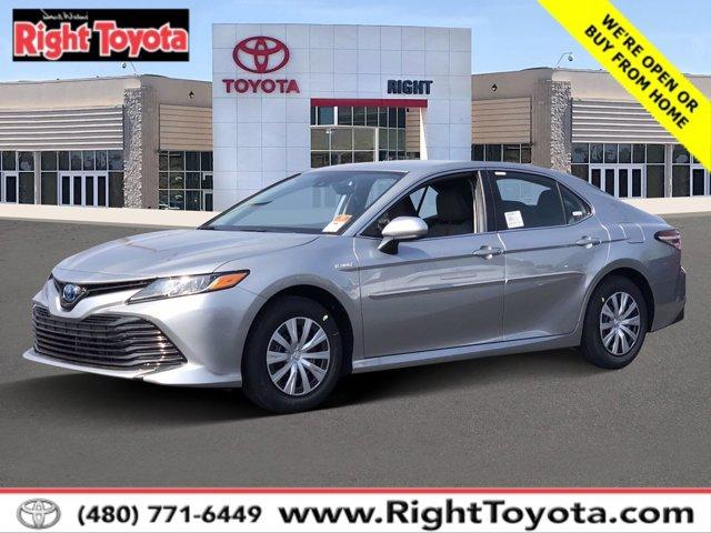 2020 Toyota Camry Hybrid LE Hybrid LE CVT Gas/Electric I-4 2.5 L/152 [1]