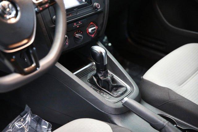 2018 Volkswagen Jetta for sale 124468 11