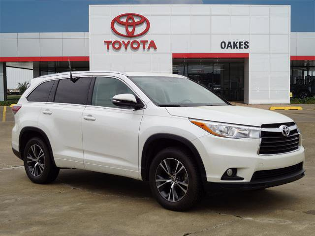 Used 2016 Toyota Highlander in Greenville, MS