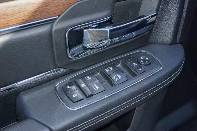 New 2019 Ram 1500 Classic Laramie 4x4 Crew Cab 6'4 Box