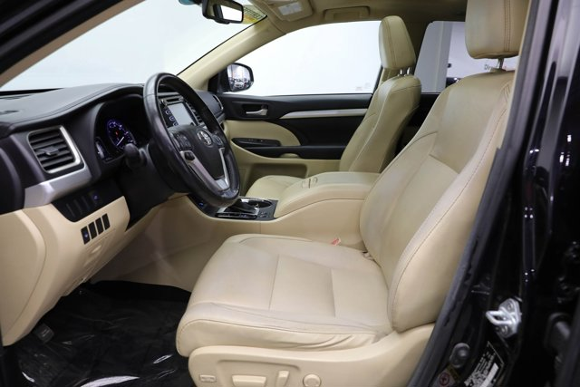 2016 Toyota Highlander for sale 124041 12