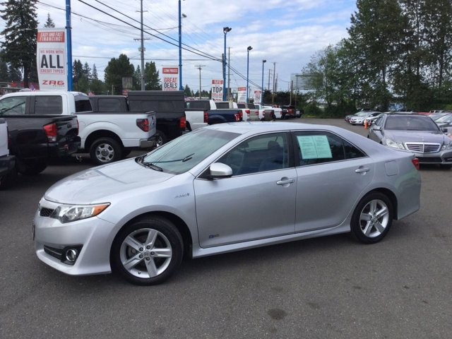 Used 2014 Toyota Camry Hybrid 2014.5 4dr Sdn SE Limited Edition