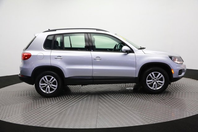 2017 Volkswagen Tiguan for sale 120667 3